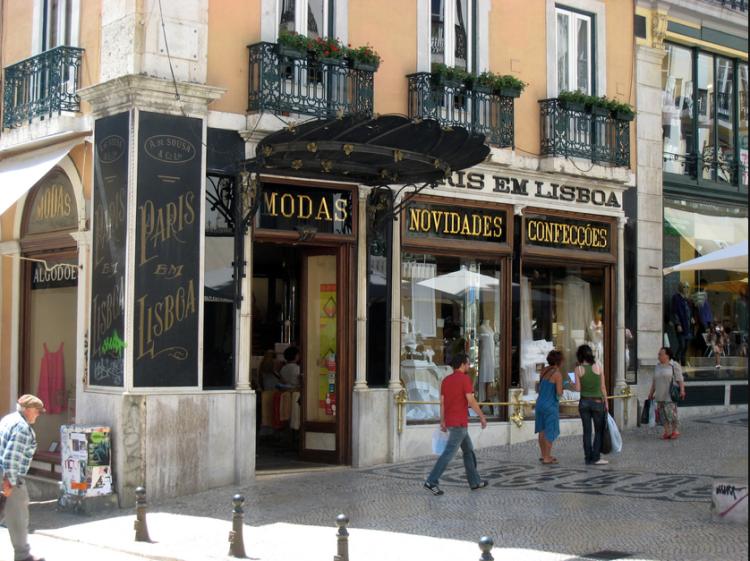 v-portugalii-otkrilsja-magazin-gde-nechego-ne-prodajut